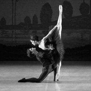 dançarinos da modalidade ballet classico